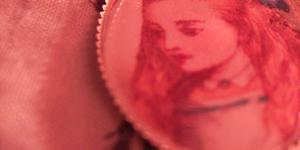 Lieblingsding 4: Alice im Wunderland Anhänger