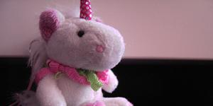 Einhorn... mit pinkem Horn.....