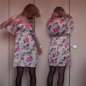 Tag 19: Kleid von H&M, Strumpfhose unbekannt