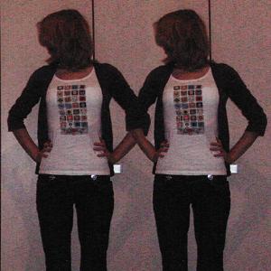 Tag 23: Hose Blind Date (vermutlich bei Mister*Lady gekauft), T-shirt von H&M (mit eigenem Motiv bedruckt), Strickjacke von Mister*Lady