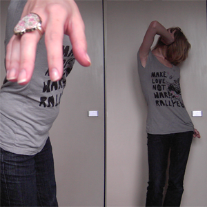 Tag 35: T-shirt Review, Jeans Blind Date, Ring Accessorize (London)