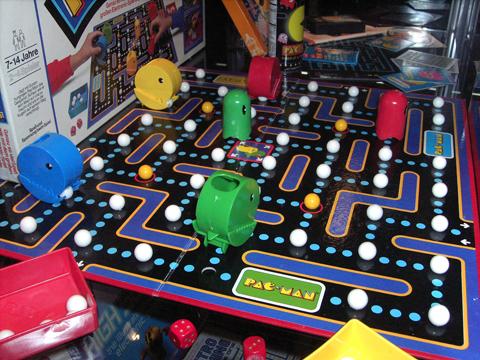 Am Retrospielestand wurde dieses wunderschöne Pac-Man Brettspiel ausgestellt