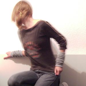 Tag 63: Oberteil und Stulpen unbekannt, Jeans H&M