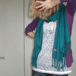 Tag 71 (15.09.2010): Strickjacke und Jeans Mister*Lady, Schal Ostermarkt, Top Pimkie
