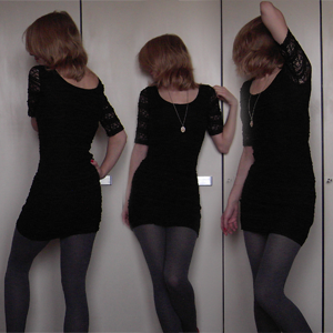 Tag 73: Kleid H&M, Strumpfhose C&A, Alicekettenanhänger Discosweets Accessorize