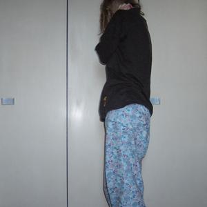 Tag 74: T-shirt unbekannt, Schlafanzughose Hunkemöller (Tag dank Krankheit im Bett verbracht -_-)