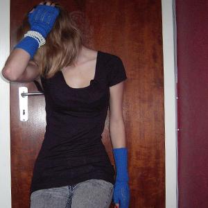 Tag 80 (24.09.2010): Stulpen und Jeans H&M, T-shirt Avanti, Kette (hier als Armband) unbekannt