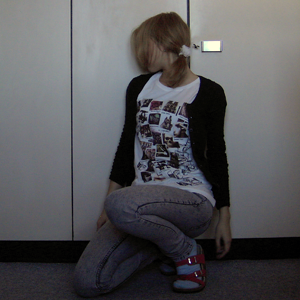 Day 97 (today): Hair tie H&M kids; Cardigan, Studs and Jeans H&M; T-shirt Gina Tricot; Shoes and Sockes unknown