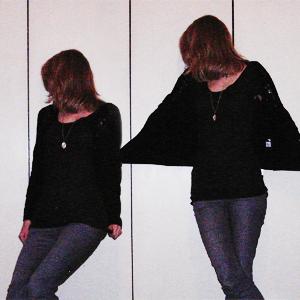 Tag 112: Strickjacke unbekannt, T-shirt Avanti, Jeans H&M, Alicekette Discosweets Accessorize