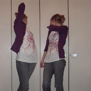 Tag 118: Haarspange und Jeans H&M, Haarklammer Claires, T-shirt Avanti, Strickjacke Mister*Lady