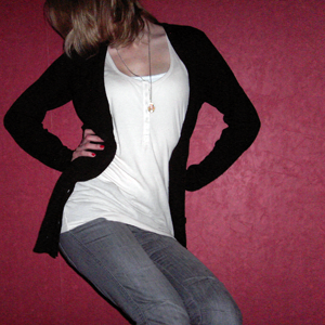 Tag 172: Top, Tanktop und Strickjacke H&M; Jeans Mister*Lady; Alicekette Discosweets Accessoires
