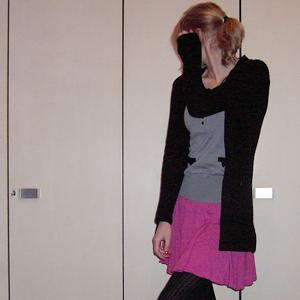Tag 182: Strickjacke Vero Moda, T-shirt und Rock H&M, Strumpfhose Gina Tricot