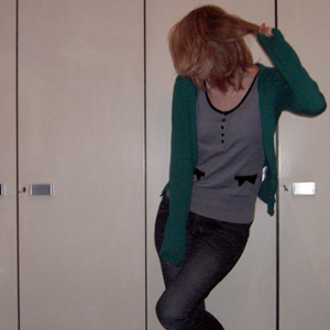 Tag 198: Strickjacke und T-shirt H&M, Jeans Mister*Lady