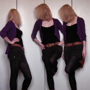 Tag 252: Strickjacke Mister*Lady, Top, Shorts und Gürtel Primark, Strumpfhose Gina Tricot, Schuhe Lili