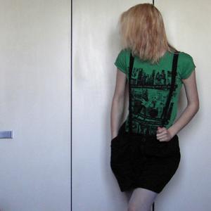 Tag 289: T-shirt Gina Tricot, Rock und Strumpfhose Pimkie