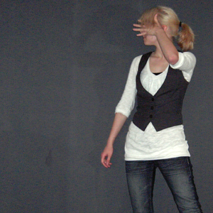 Tag 315 (16.05.2011): Oberteil Vero Moda, Top H&M, Weste Pimkie, Jeans Mister*Lady
