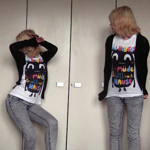 Tag 337: Strickjacke H&M, T-shirt Pretty Sucks, Jeans H&M