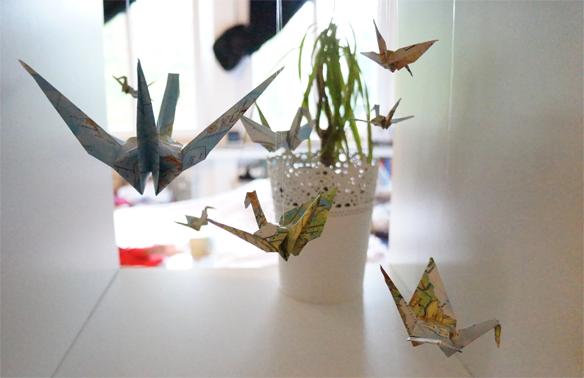 origami chochi in wonderland. Black Bedroom Furniture Sets. Home Design Ideas