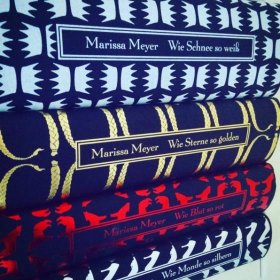 Die vier Bücher der Luna Chroniken von Marissa Meyer.