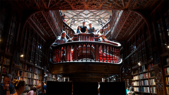 Wundervolle alte Buchhandlung in Porto.