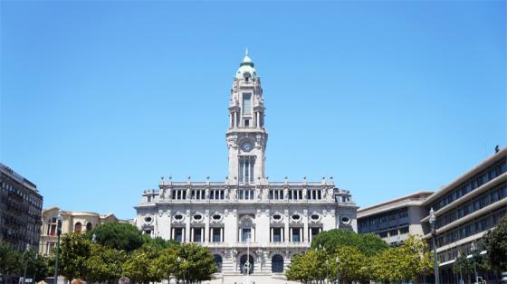 Das Rathaus von Porto.
