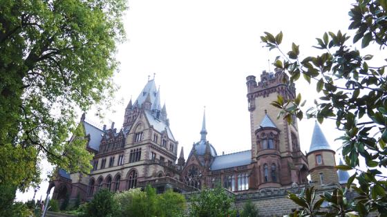 Schloss Drachenburg sieht aus wie eine Mini-Version von Hogwarts aus den Harry Potter-Büchern.