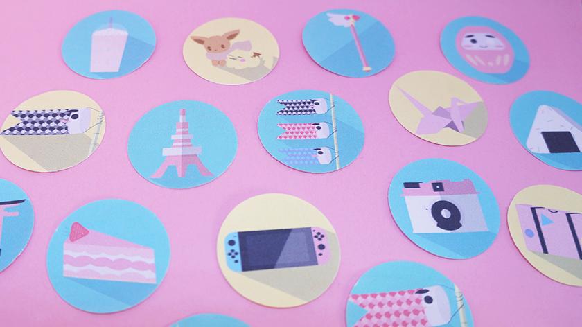 Neben den eigentlichen Japanstickern gibt es ein paar Sticker die Rund um das Thema Reisen, wie eine Kamera, einen Koffer oder auch eine Nintendo Switch. Alles in Pastellfarben.